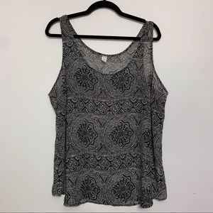 Old Navy Black and White Printed Chiffon Tank Top